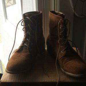 Shoes - Suede chestnut combat boots